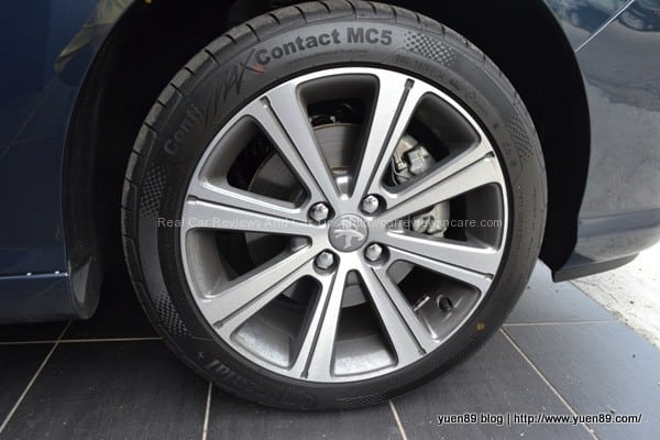 first impression of peugeot 408 turbo TYRE Peugeot 408 Turbo Test Drive Review in Queensbay Mall