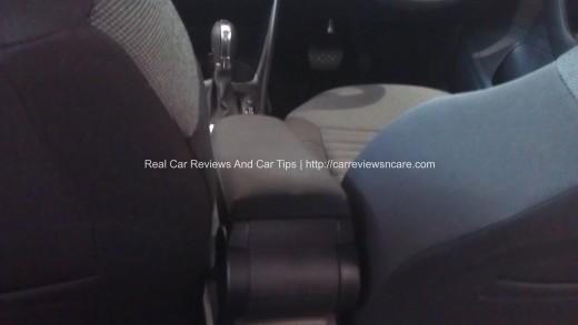 Volkswagen Polo 1.2 TSI armrest