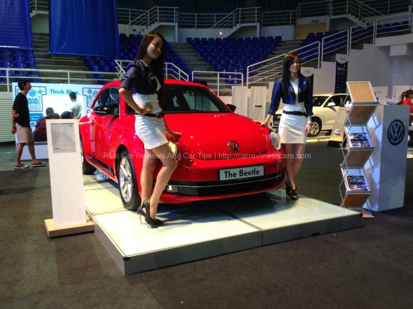 Volkswagen Beetle with pretty models