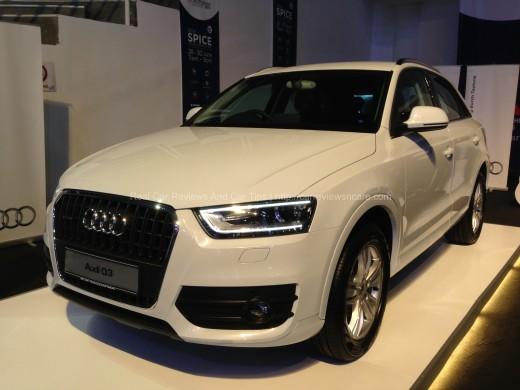 Audi Q3 Side View