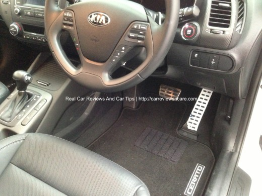 Naza Kia Cerato 2.0 sporty accelerator and break pedals
