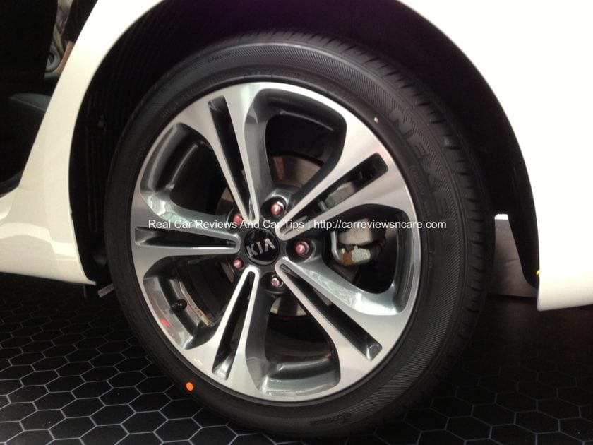 Naza Kia Cerato 2.0 Sport Rim with 215/45/17 tyre