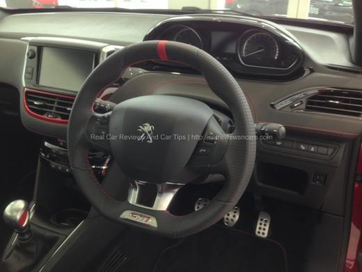 Peugeot 208 GTi Sport Interior