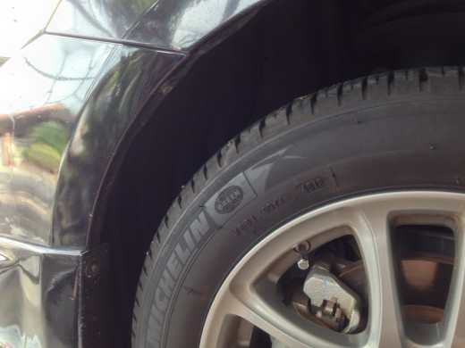 Remove Total 2 screw for each side of the Toyota Vios bumper