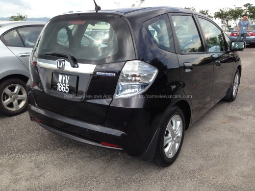 Honda Jazz Hybrid 1.3 CKD Rear View