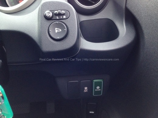 Honda Jazz Hybrid 1.3 CKD Eco mode VSA activation button