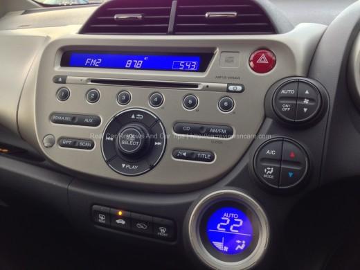 Honda Jazz Hybrid 1.3 CKD dashboard