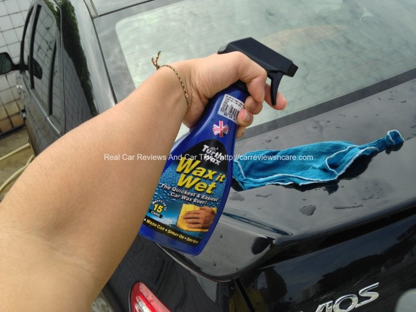 Turtle Wax - Wax it Wet on Car