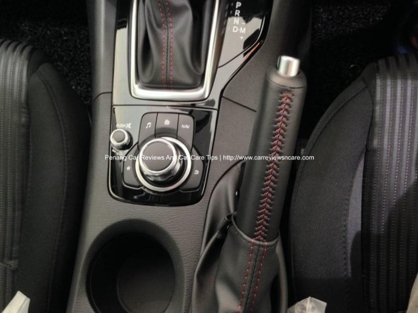 2014 Skyactiv Mazda 3 2.0L MZD Connect