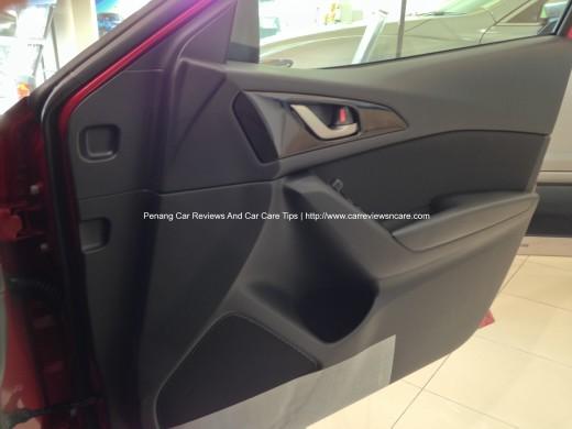 2014 Skyactiv Mazda 3 2.0L Interior Driver Door