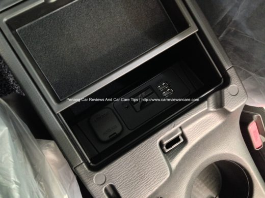 2014 Skyactiv Mazda 3 2.0L Armrest Box