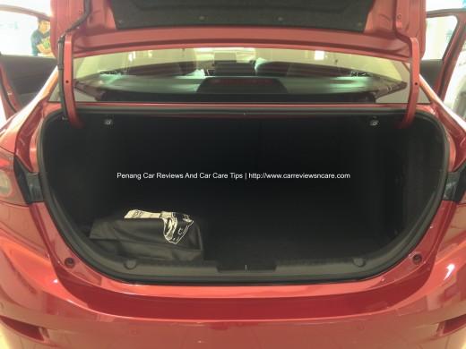 2014 Skyactiv Mazda 3 2.0L Large Trunk