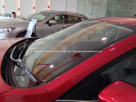 2014 Skyactiv Mazda 3 2.0L Windscreen