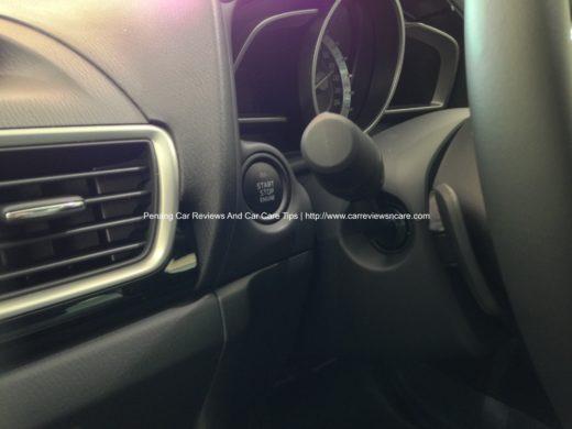 All new Skyactiv Mazda 3 2.0L Keyless Entry