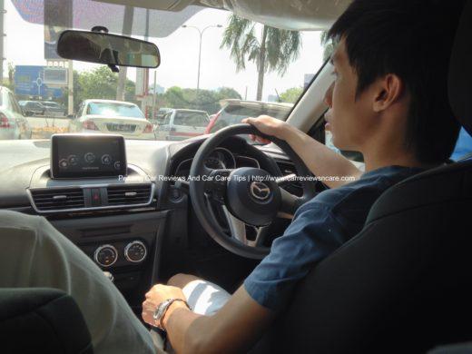 2014 Skyactiv Mazda 3 2.0L On the road