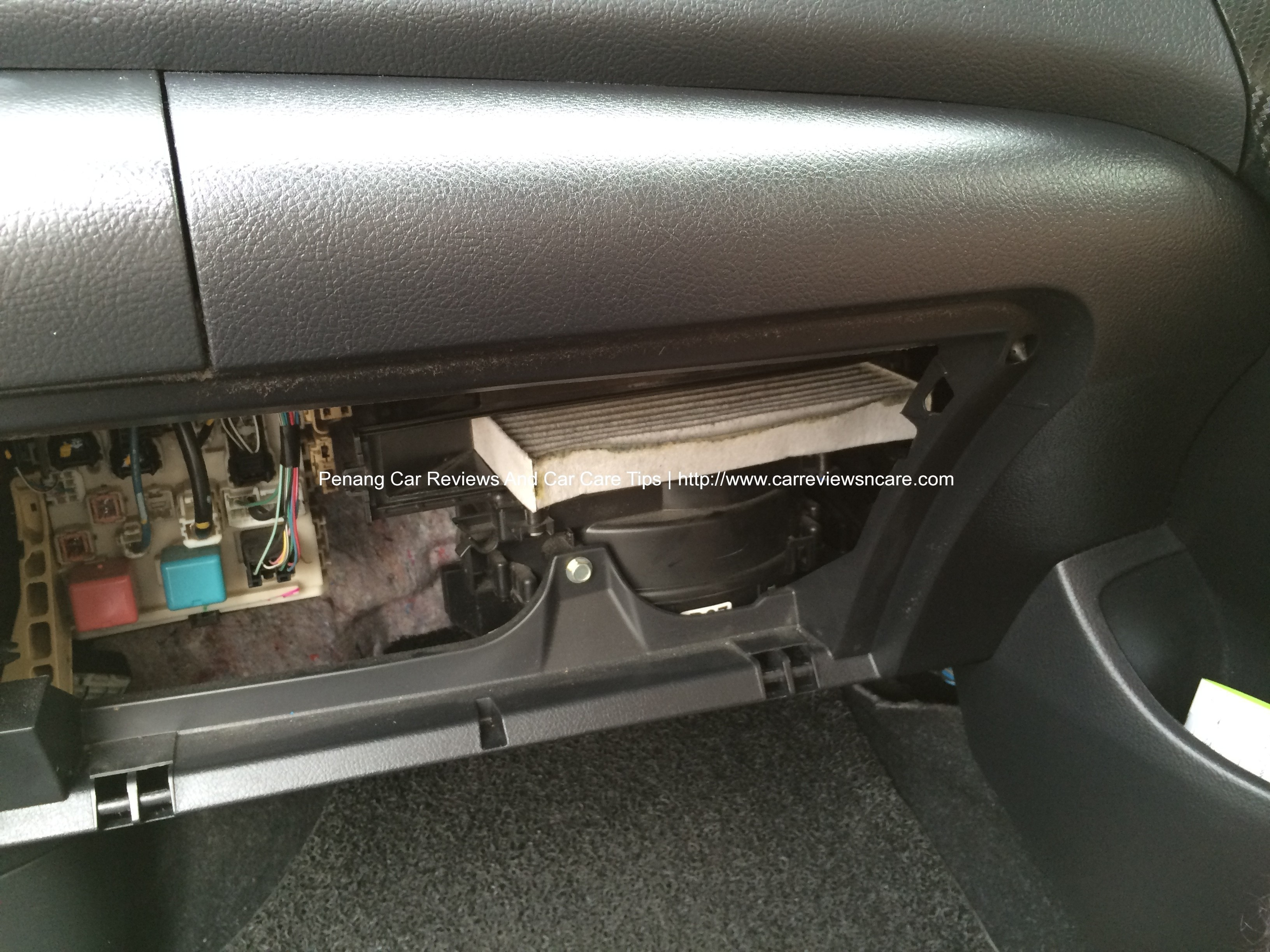 Do It Yourself Diy Replacing Cabin Air Filter on toyota cabin air filter replacement