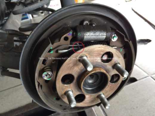 'Star wheel'  location in the drum brake