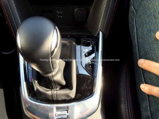 Mazda 2 Skyactive 1.6 Gear Knob