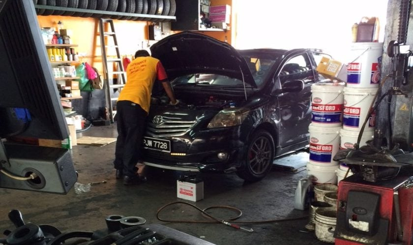 Replacing the Car Alternator in AV Advance Tyre & Car Care Sdn.