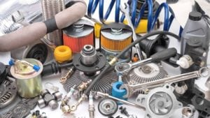 Few Important Tips on Buying Salvage Auto Parts