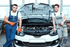 How to Hire a Trusted Auto Mechanic for Your Car?