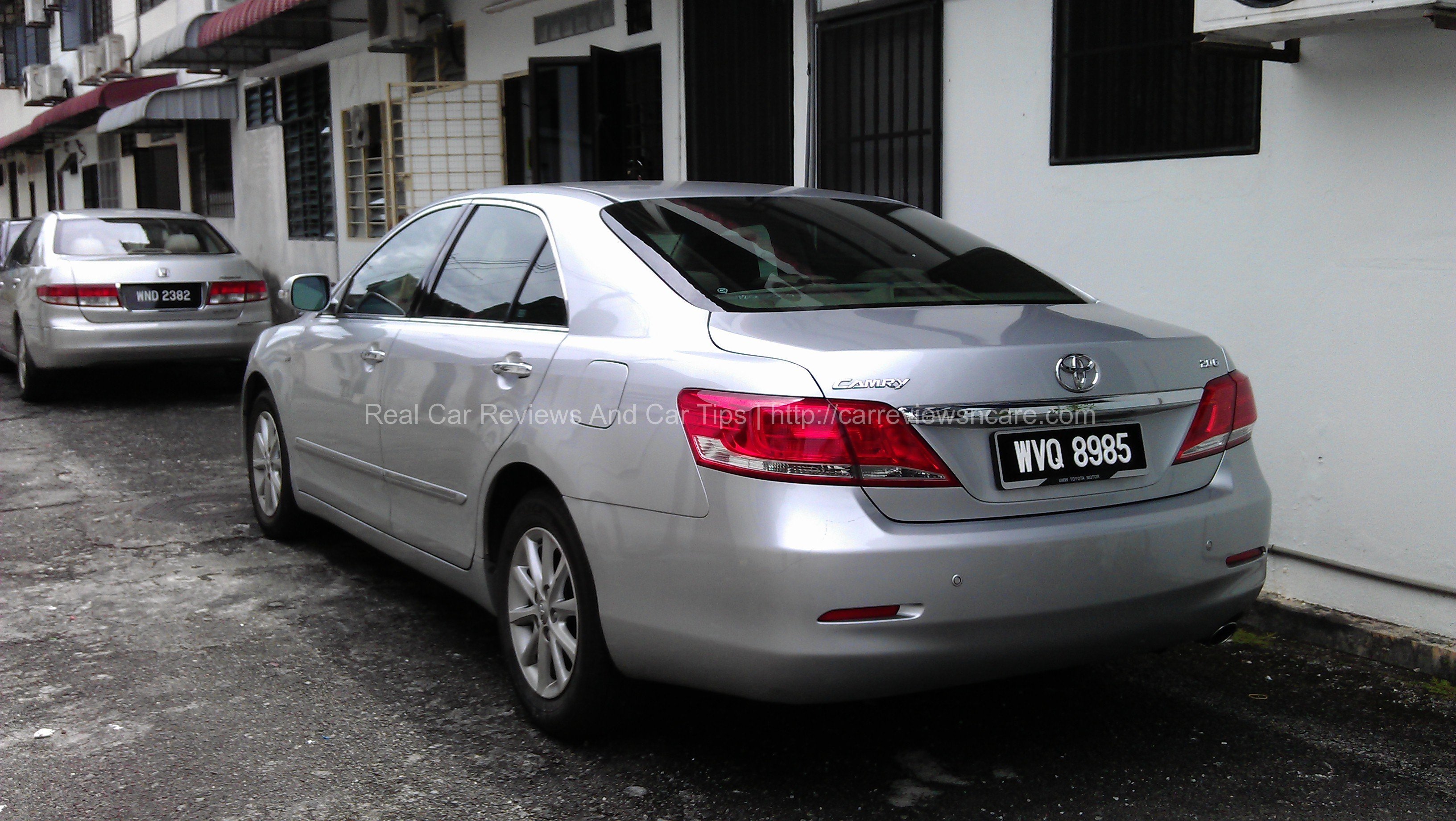 Toyota Camry 2.0G Rear View
