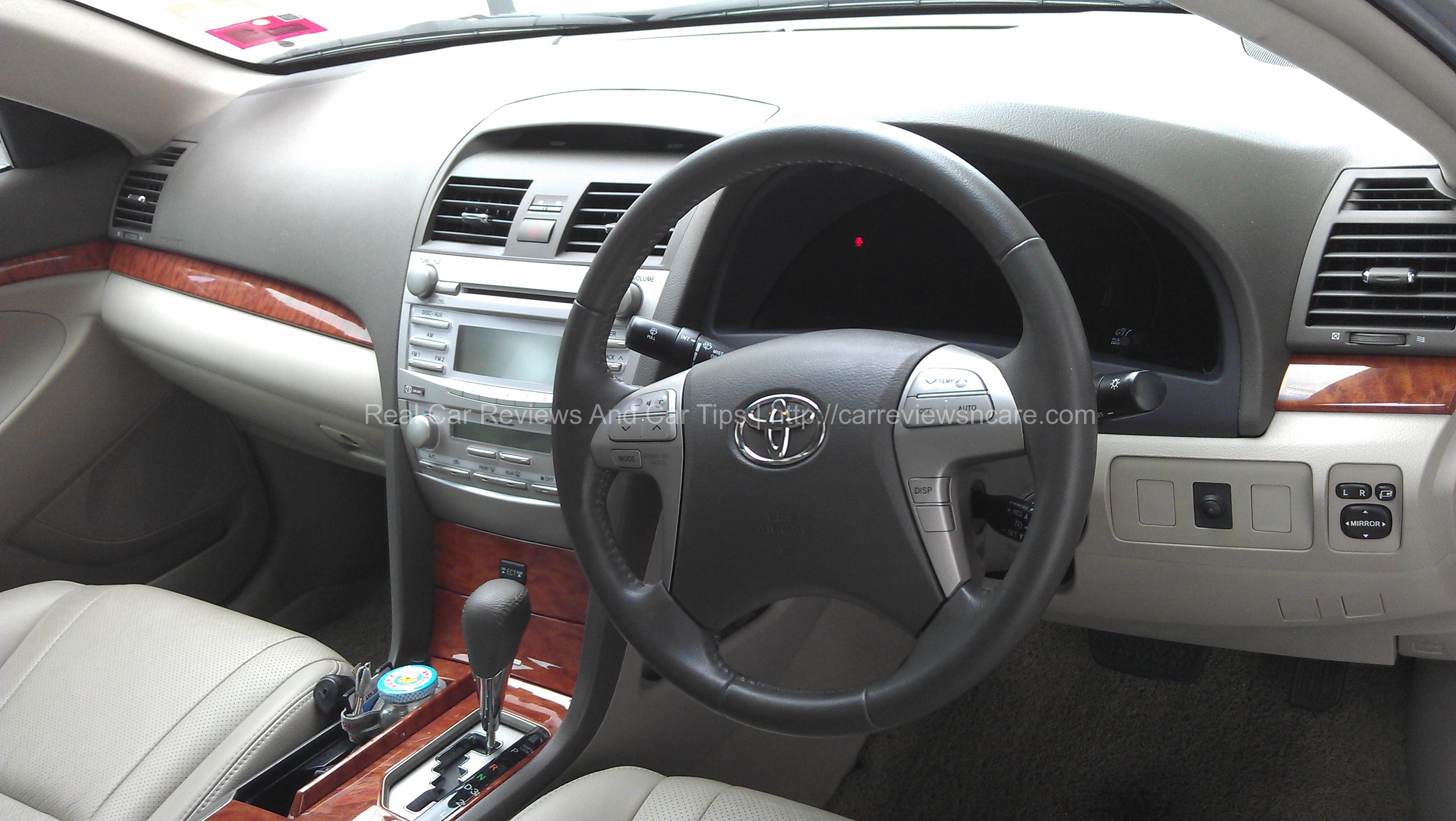 Leather Adjustable Electronic Seats Toyota Camry 2.0G 2011 Dashboard